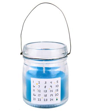 DIY-Adventskalender-CHICCIE -Kerze-mit-Drahtbügel-Blau