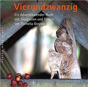 Vierundzwanzig Skulpturen von Cornelia Grzywa