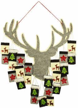 advent girlande aus holz zum hängen mit weihnachtsrentier